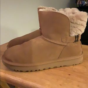 Ugg chestnut karel boot